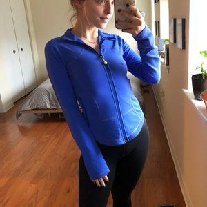 Lululemon Fitted Athletic Zip Up Jacket Size 4